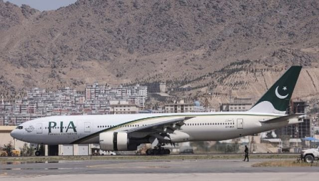 PIA, primer vuelo comercial extranjero desde la toma de poder de los talibanes, aterriza en Kabul
